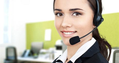 Einzigartige Headsets ändern die Art der Kommunikation produktivitätsorientierter Büromitarbeiter. Konvertible Headsets im neuen Design können mit mehreren Geräten verwendet werden und verfügen über bis zu 120 Meter Reichweite. Sie ermöglichen eine einfache Verwaltung von Anrufen über Festnetz, PC und Mobiltelefon mit dem intelligentesten schnurlosen Headset-System auf dem Markt.
