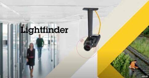 Als offizieller Partner des Kamera-Herstellers AXIS verfügen wir über ein hochmodernes Sortiment für verschiedene Ansprüche. Egal, ob Sie Ihr kleines Ladengeschäft jederzeit im Auge haben wollen oder aber einen grossen Gebäudekomplex überwachen müssen – ganz nach Ihren Wünschen entwickeln wir eine individuelle Lösung für Sie. Sowohl Outdoor wie auch Indoor realisieren wir Überwachungskonzepte mit verschiedenen Typen von Kameras, binden sie in Ihr Netzwerk ein und sorgen dafür, dass Sie jederzeit wissen, was in Ihrem Betrieb läuft.